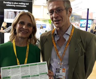 GLD Stall - Wera Hobhouse + Peter Bruce (Kevin Daws)